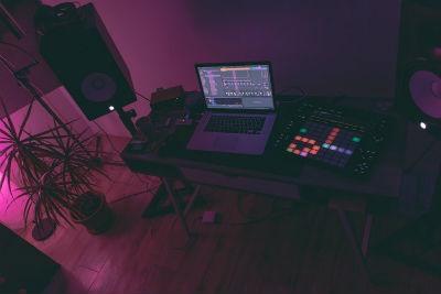 Estudio de DJ casero