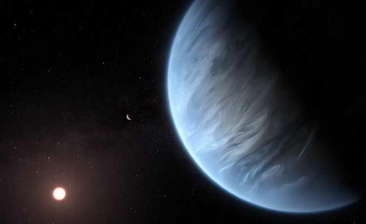 Exoplaneta con vapor de agua en la atmosfera