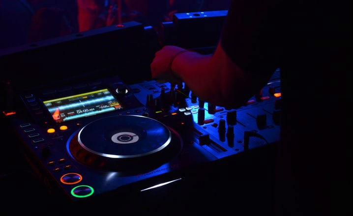 Web especializada en DJs